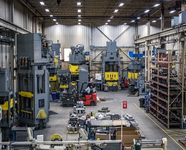 Sheet metal shop for low-volume metal fabrication suppliers
